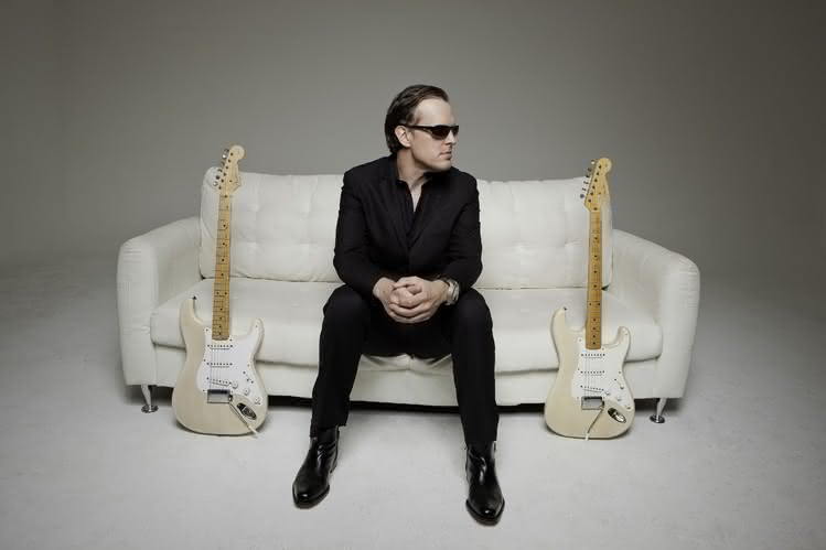 "Joe Bonamassa: nowy utwór ""Self-Inflicted Wounds"""