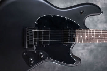 STERLING BY MUSIC MANStingRay SR30