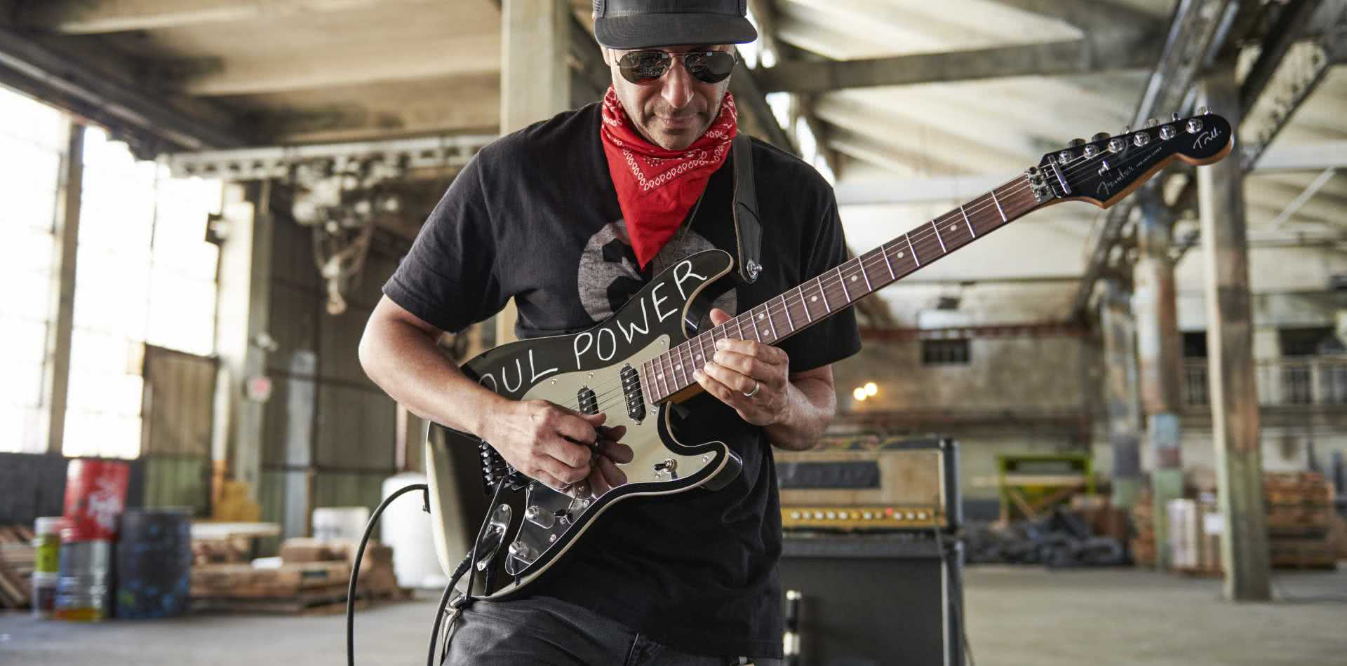 "Fender Tom Morello ""Soul Power"" Stratocaster"