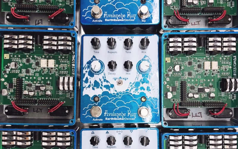 Limitowany EarthQuaker Devices Avalanche Run V2