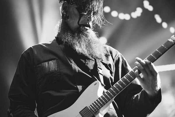 Jim Root nagrywał bas na .5: The Gray Chapter