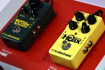 TC Electronic Helix Phaser i Viscous Vibe