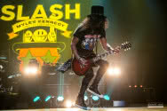 Nowe DVD Slash Featuring Myles Kennedy And The Conspirators