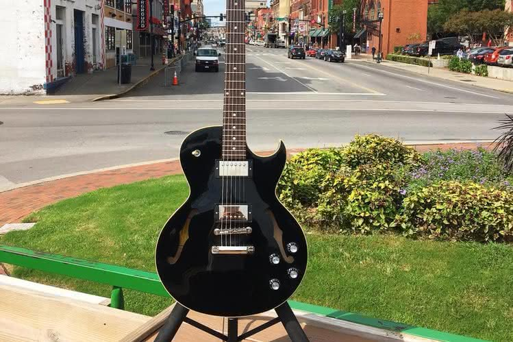 Nowy Gibson Memphis ES-235