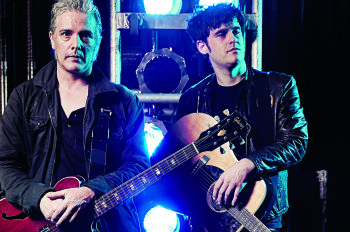 Black Rebel Motorcycle Club: Guitar Rig